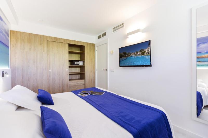 Room Playas Cas Saboners