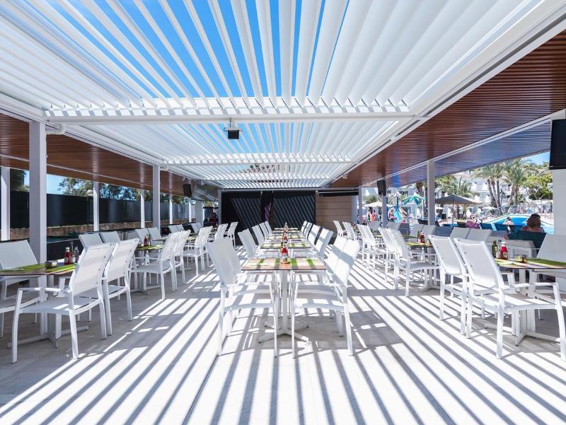 Terrace Playas Cas Saboners