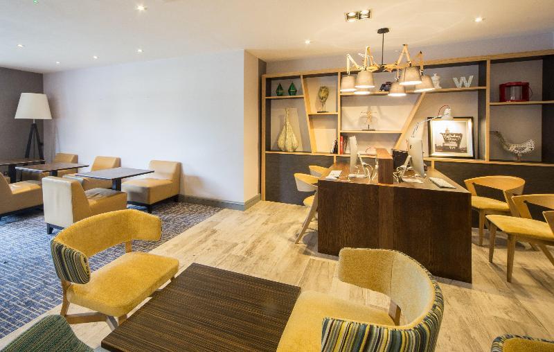 Lobby Holiday Inn High Wycombe M40-j4