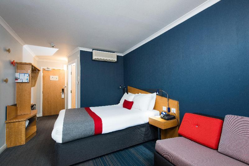 Room Holiday Inn Express Birmingham Oldbury M5/jct.2
