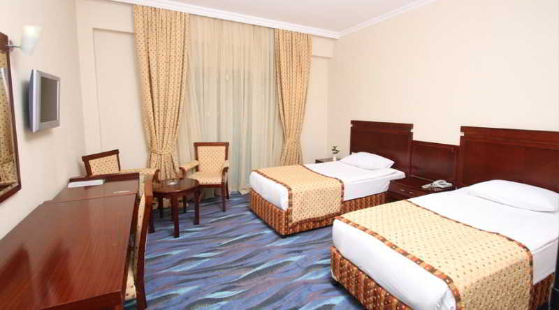 Room Grand Ring
