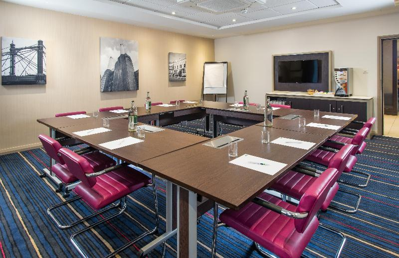 Conferences Holiday Inn Express Wandsworth Battersea