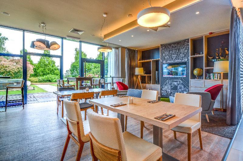 Holiday Inn Prague Airport - Restaurant - 3