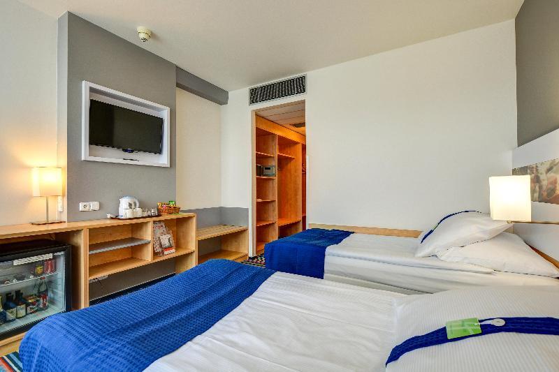 Holiday Inn Prague Airport - Room - 1