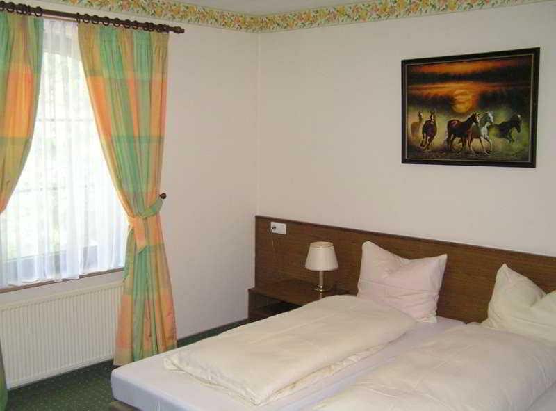 Room Waldschlösschen