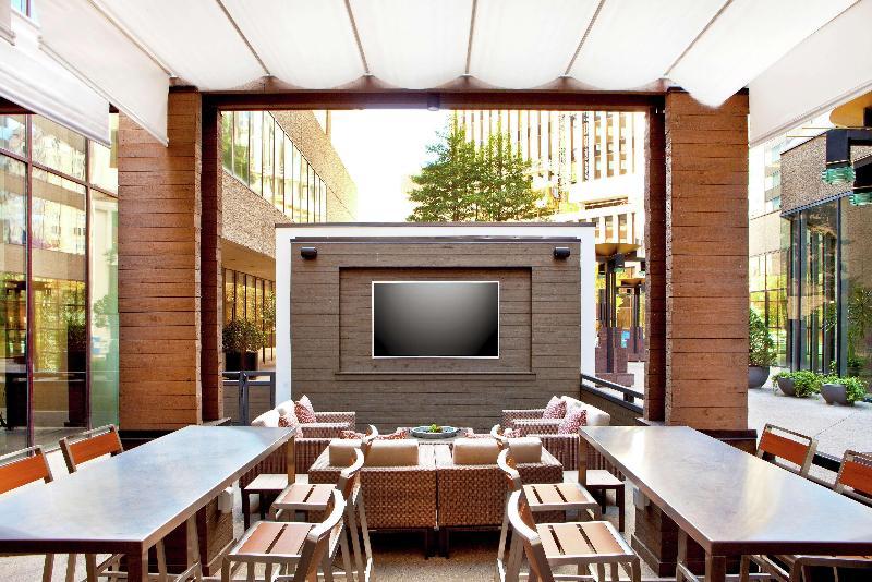 Restaurant Doubletree Nashville Downtown