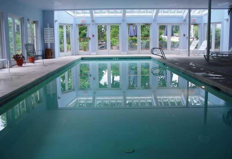 Pool Harraseeket Inn