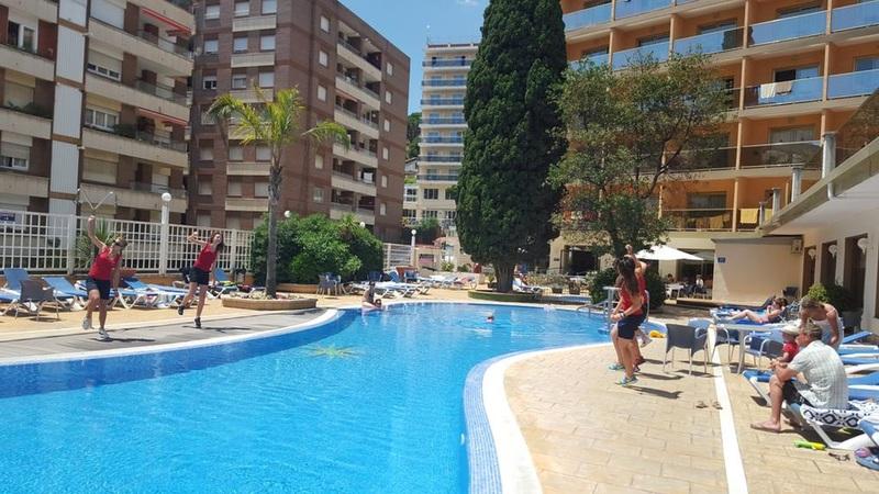 Pool Bon Repos