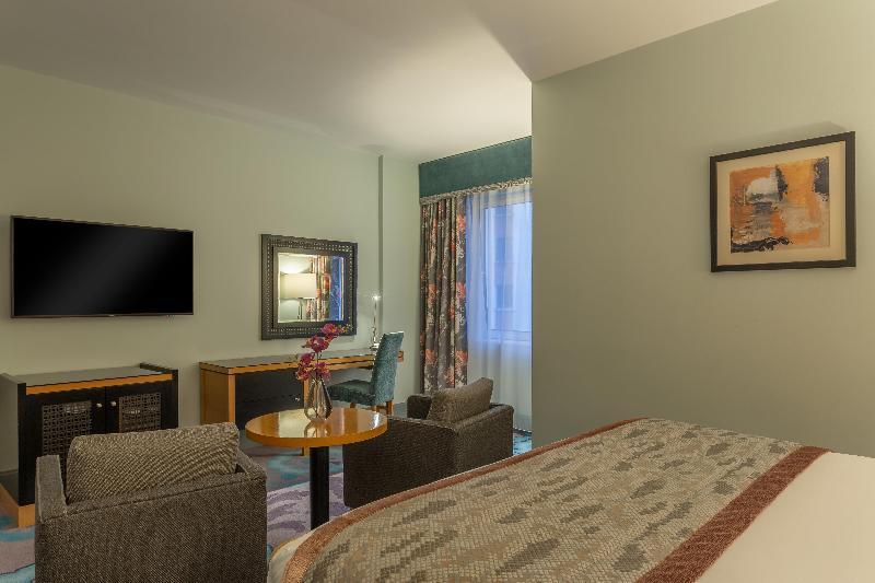 Room Crowne Plaza Dublin Northwood