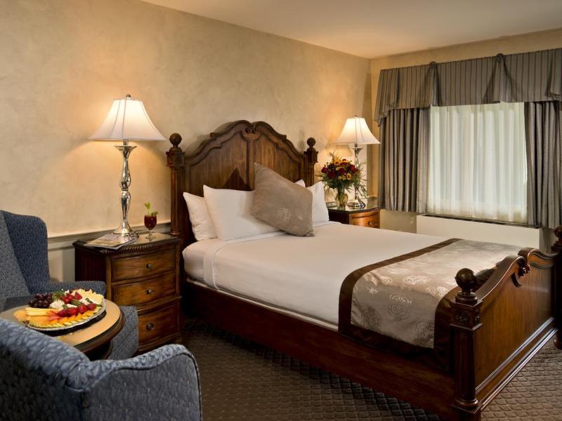 Room Dan\'l Webster Inn