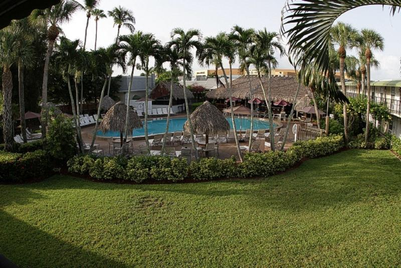 Pool Gulfcoast Inn Naples