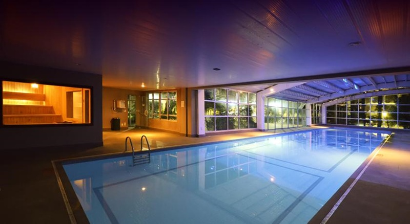 Pool Quality Suites Long Stay Bela Cintra