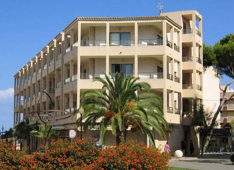 Arcos Playa Apartments