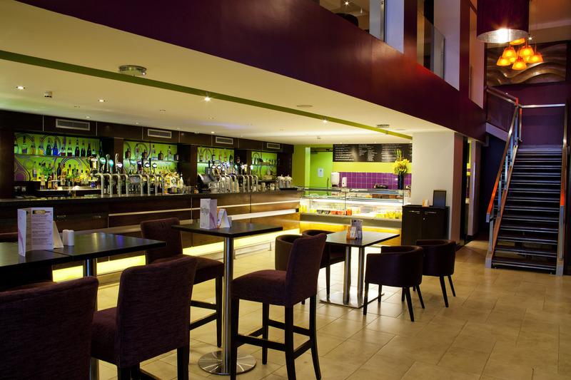 Bar Clayton Hotel Cardiff Lane