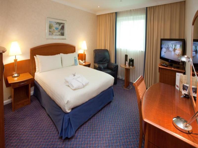 Room Arora International Gatwick