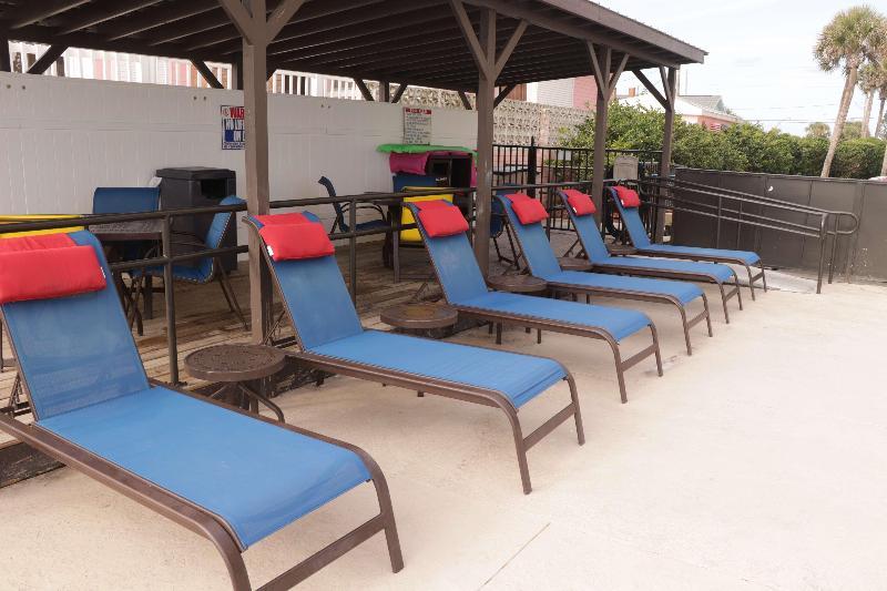 Pool Best Western New Smyrna Beach Hotel & Suites