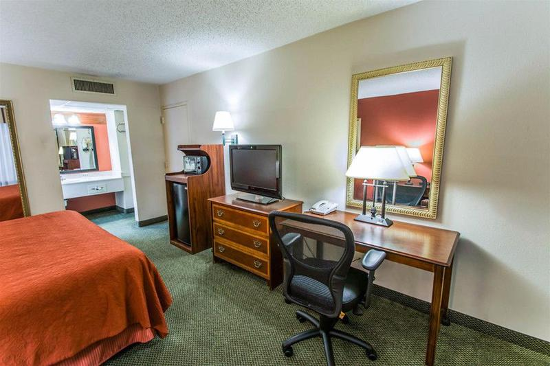 Room Quality Inn Conference Center