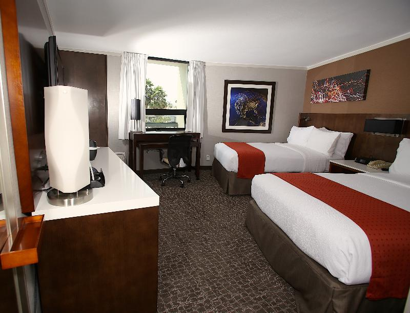 Holiday Inn Long Beach-Airport (Conference Ctr) - Room - 26