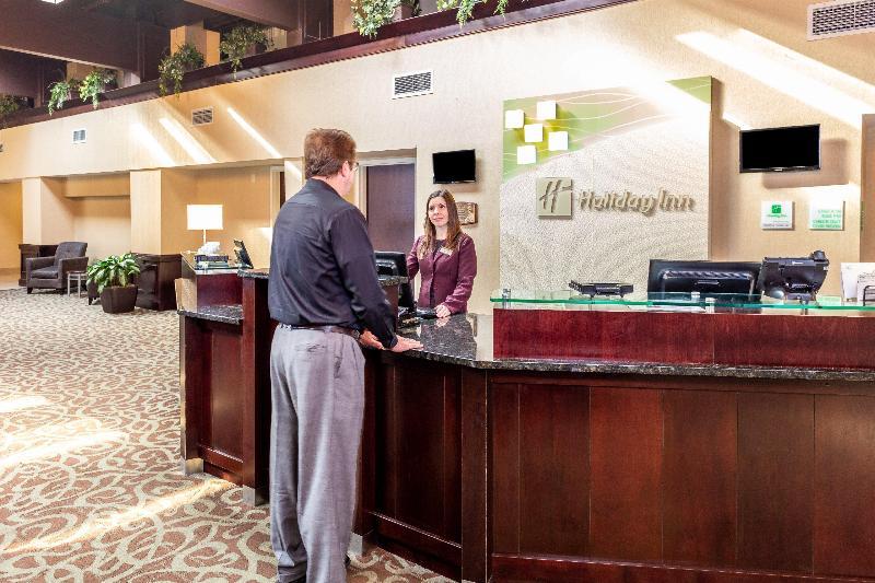 Lobby Holiday Inn Gurnee-convention Center