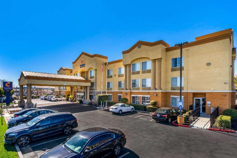 General view Comfort Inn & Suites Sacramento