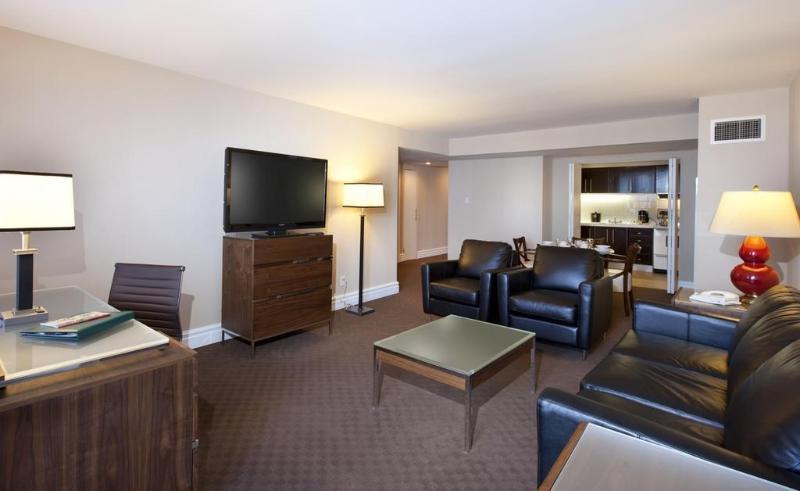 General view Le Cantlie Suites Hotel