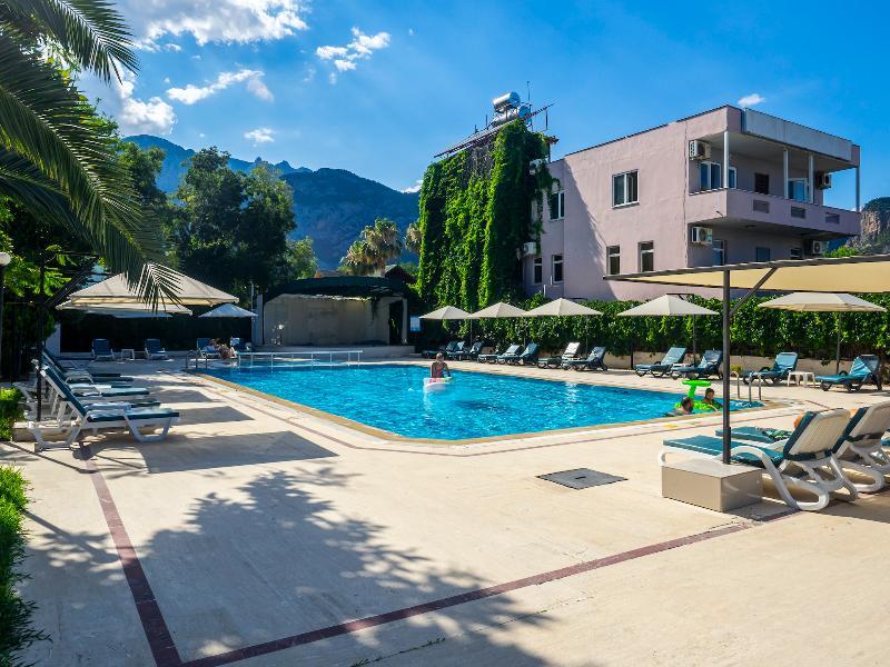 Pool Tal Hotel