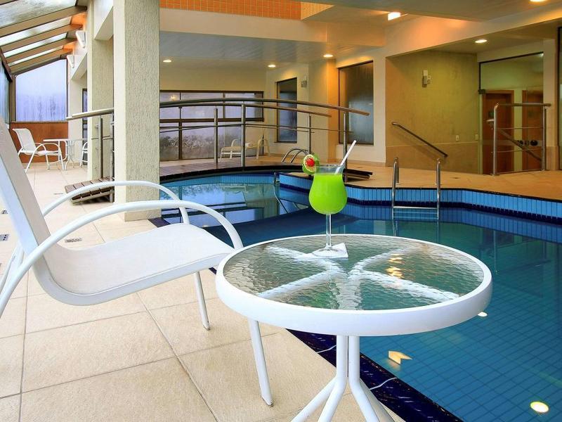 Pool Mercure Florianopolis Convention
