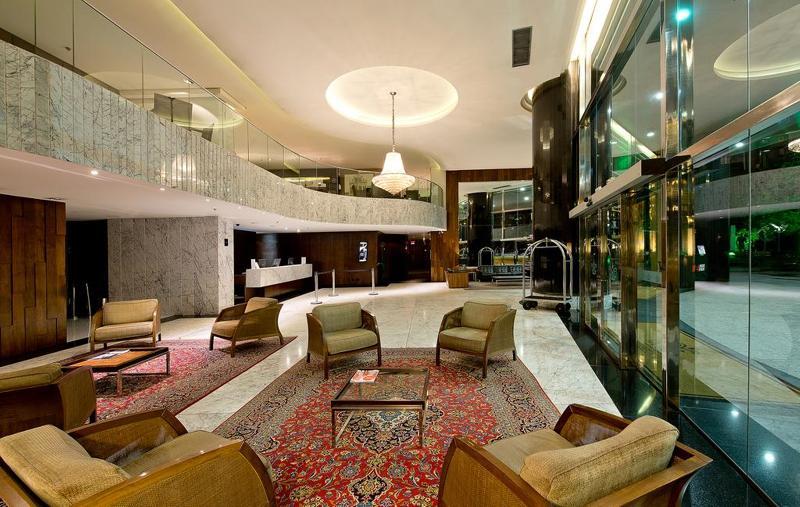 Lobby Majestic Palace