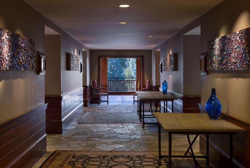 Lobby Hyatt Regency Lake Tahoe