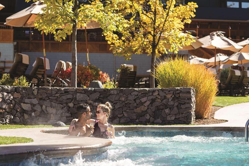 Pool Hyatt Regency Lake Tahoe