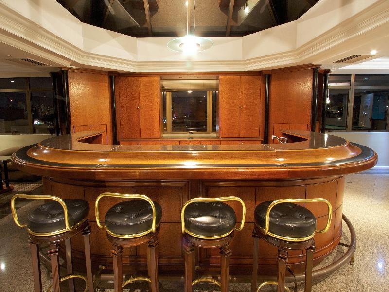 Bar Bristol Upper Residene
