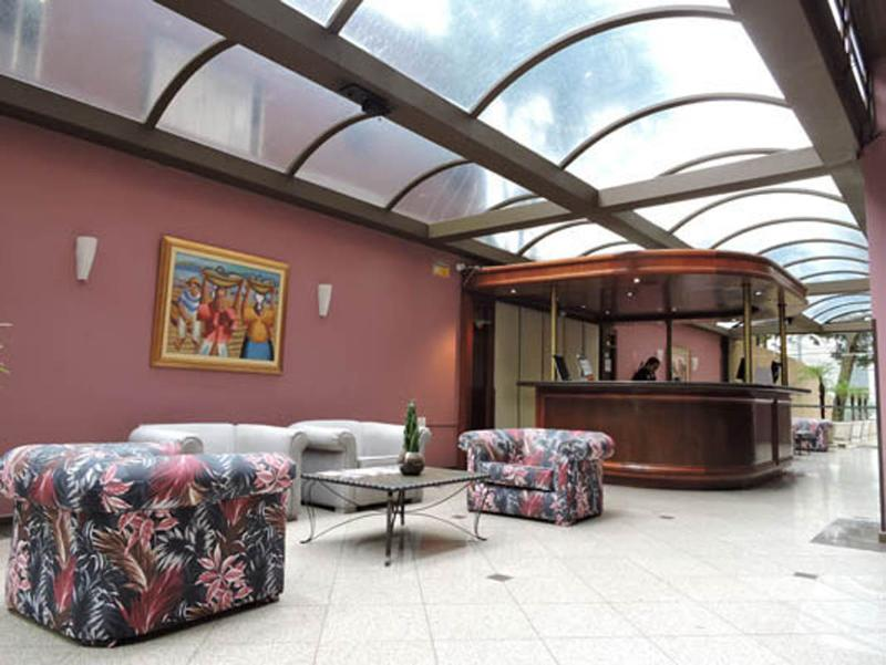 Lobby Bristol Upper Residene