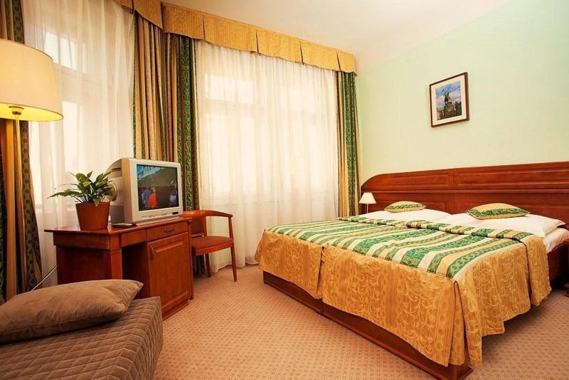 Room U Divadla