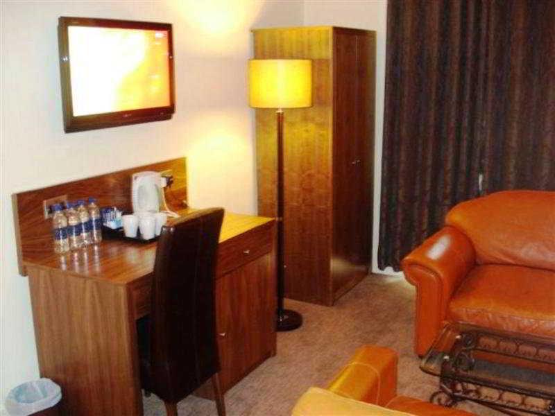 Room Alexander Thomson Hotel