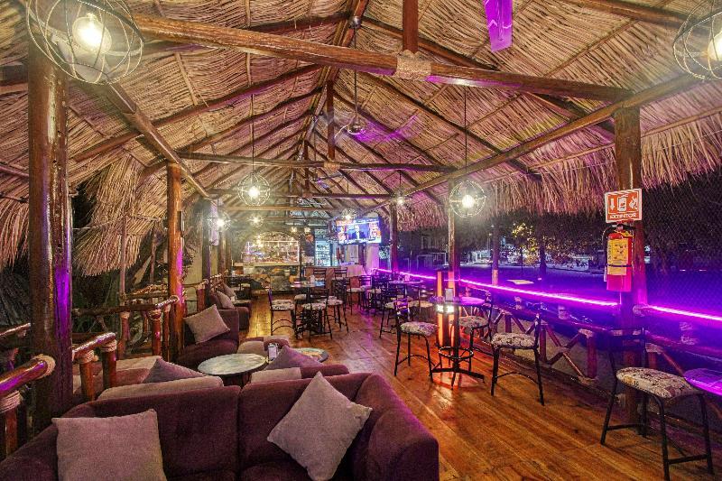 Bar Best Western Posada Chahué