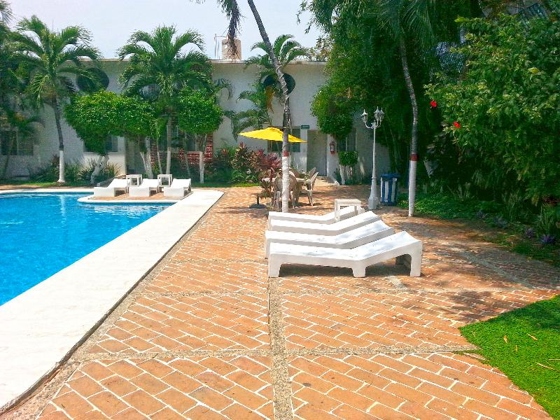 Pool Olinalá Diamante