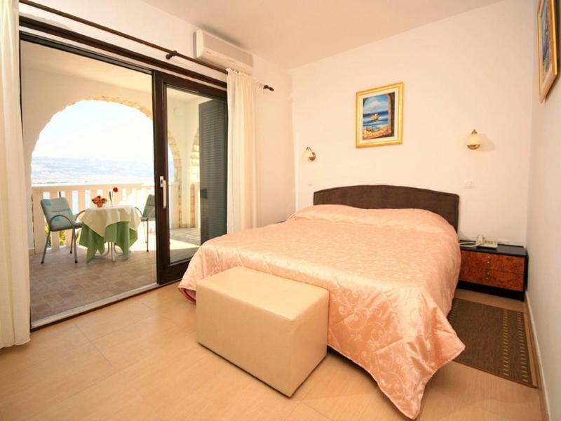 Room Villa Tina