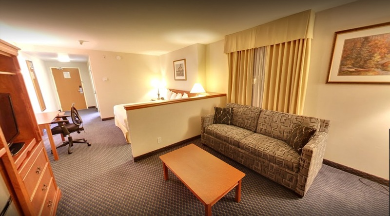 Room Days Inn Suites By Wyndham By The Falls