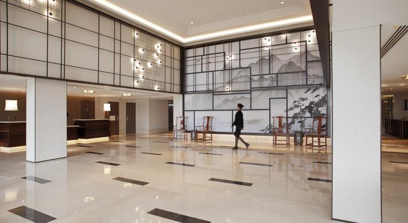 Lobby Tangla Hotel Brussels