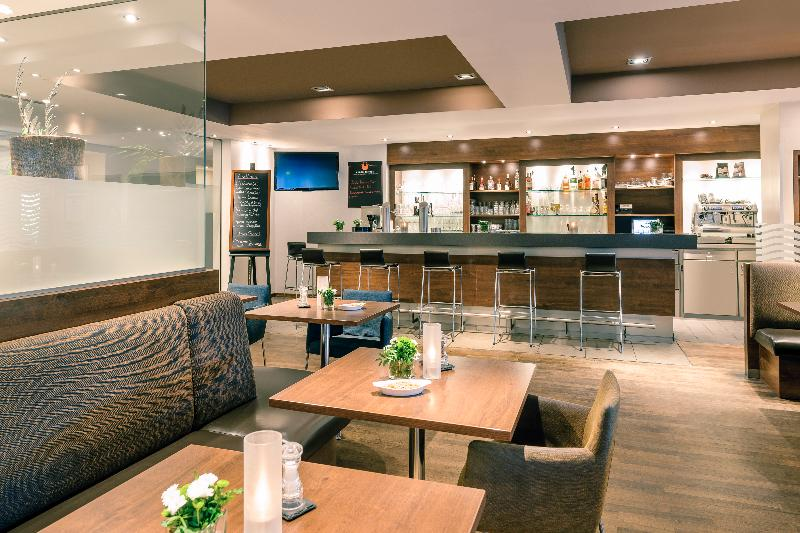 Wyndham Irvine-Orange County Airport - Bar - 7