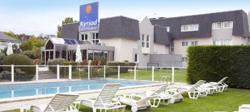 Kyriad - Pool - 17