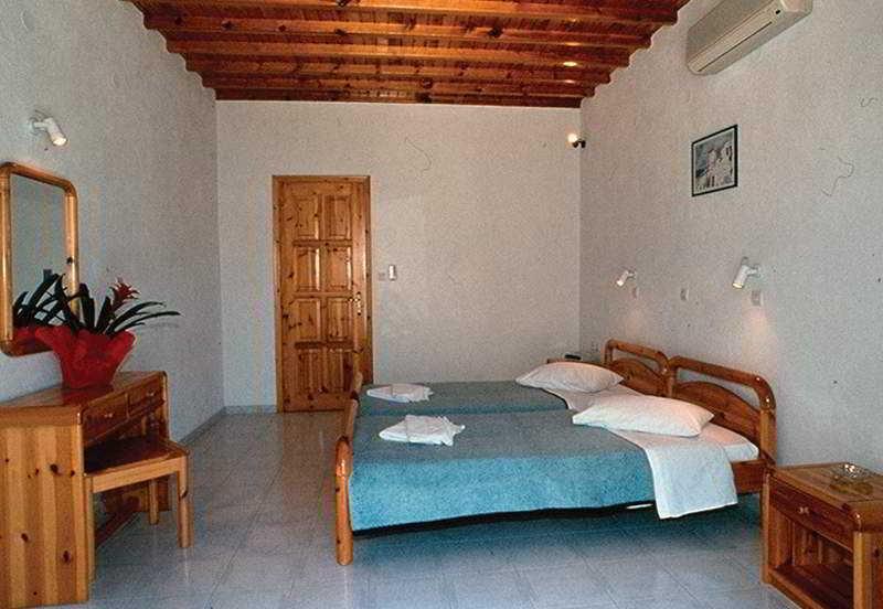 Room Anemos Apartments