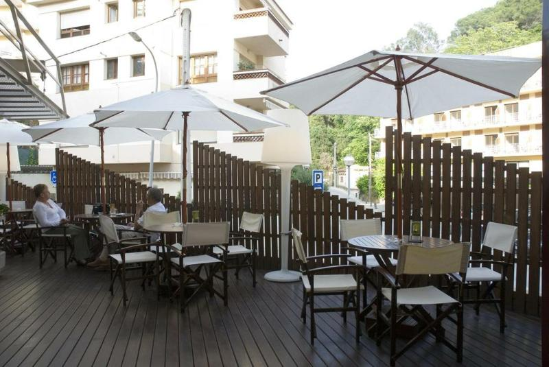 Terrace Acacias Suites & Spa