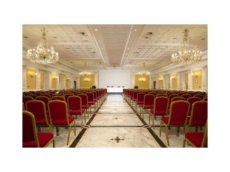 Conferences Grand Hotel Vanvitelli