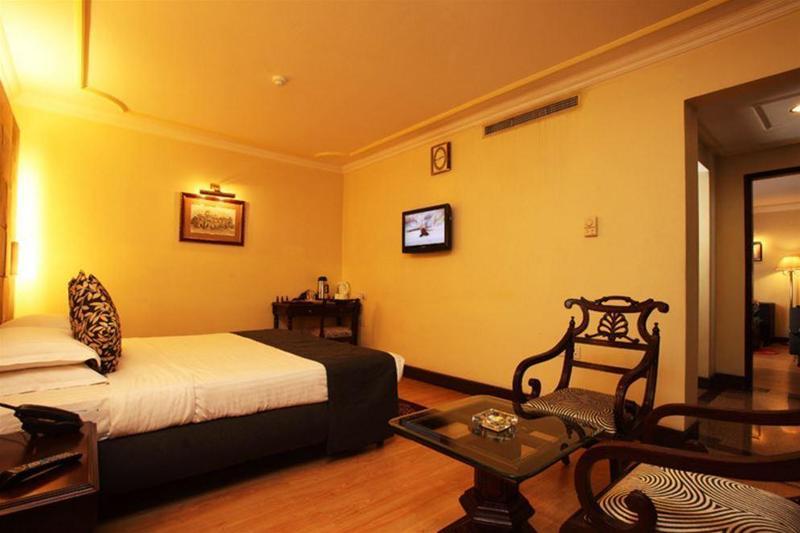 Crown - Room - 23