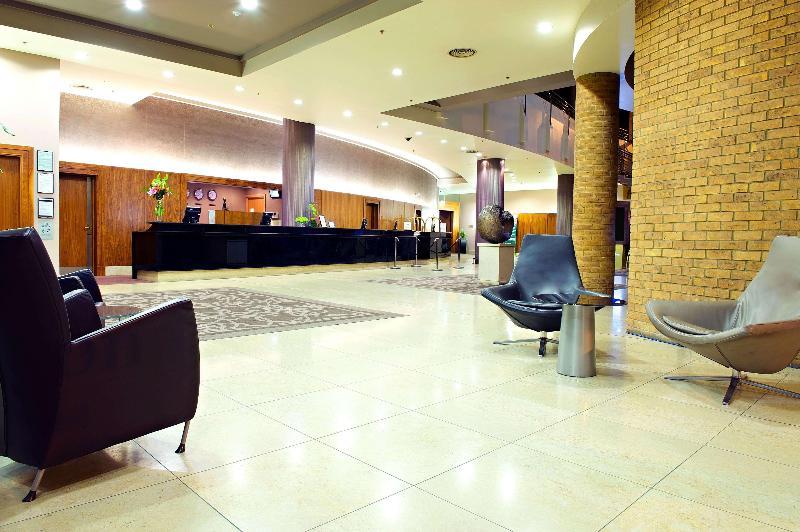 Lobby Hilton Belfast