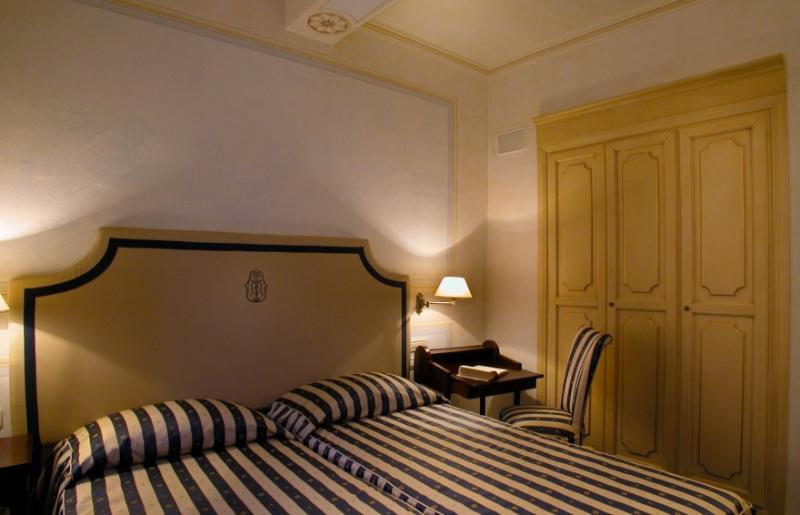 Room Relais Dell\'orologio