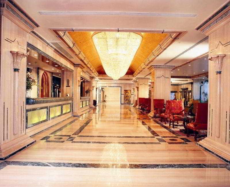 Lobby Sonesta St. George Hotel Luxor