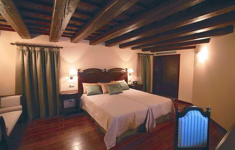 Room Villa Retiro Resort