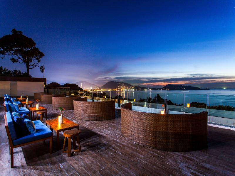 Bar Centara Blue Marine Resort And Spa Phuket